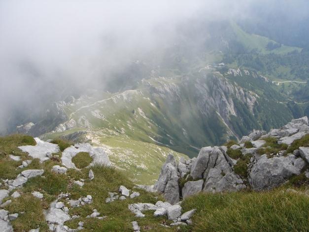 Foto: Manfred Karl / Wandertour / Hohes Brett über Brettgabel / Abstiegsmöglichkeit nach Süden / 04.10.2013 21:08:45