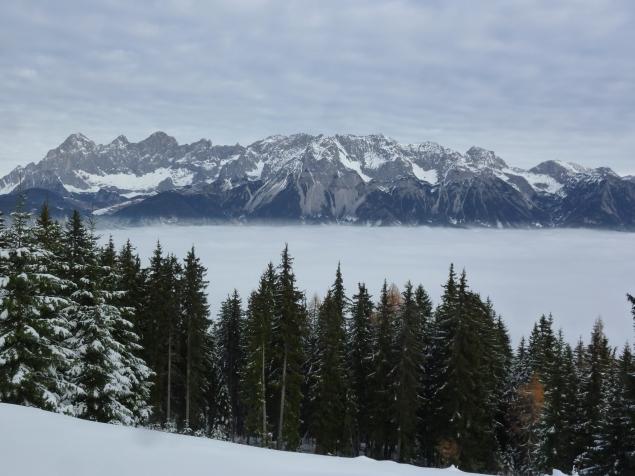 Foto: Manfred Karl / Skitour / Frühwinterskitour Hochwurzen / Gerade ausreichend Schnee ab der Mautstelle / 26.11.2013 20:52:33
