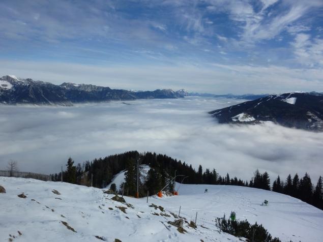 Foto: Manfred Karl / Skitour / Frühwinterskitour Hochwurzen / Nebelmeer über dem Ennstal / 26.11.2013 20:50:44