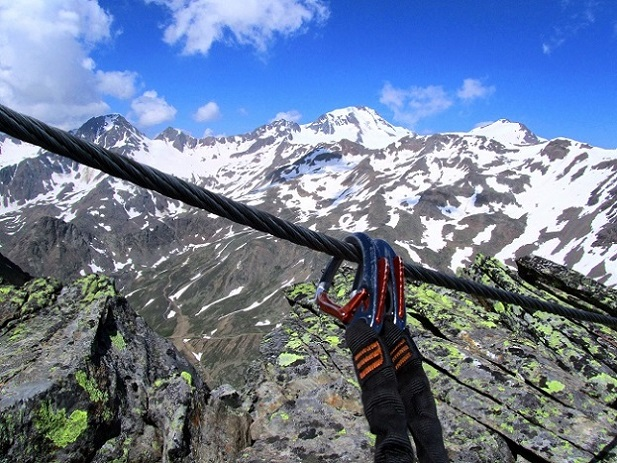 Foto: Andreas Koller / Klettersteigtour / Klettersteig Graue Wand (3202m) / 23.12.2013 03:01:51