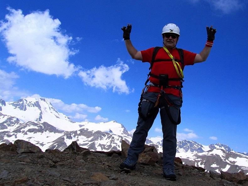 Foto: Andreas Koller / Klettersteigtour / Klettersteig Graue Wand (3202m) / Am Gipfel der Grauen Wand / 23.12.2013 02:55:19