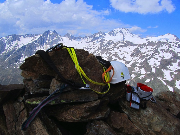 Foto: Andreas Koller / Klettersteigtour / Klettersteig Graue Wand (3202m) / 23.12.2013 02:54:25