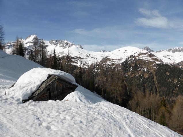 Foto: Manfred Karl / Skitour / Seeköpfl von Wald im Zederhaustal / Verfallene Alm auf Höhe der Gspandlalm / 19.03.2014 19:53:34