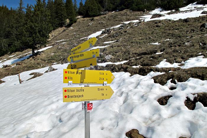 Foto: vince 51 / Wandertour / Von Grän auf das Brentenjoch / Bei der Seeben-Alpe / 14.04.2014 21:41:39