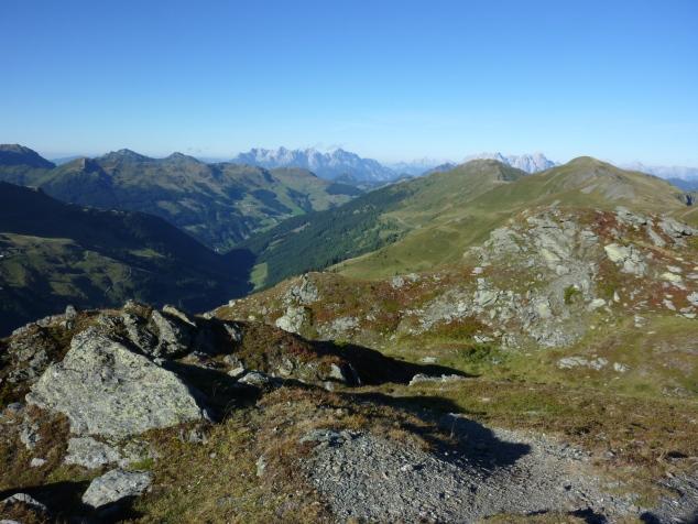 Foto: Manfred Karl / Wandertour / Manlitzkogel von der Bürglhütte / Im Hintergrund Loferer und Leoganger Steinberge / 13.11.2014 20:55:50