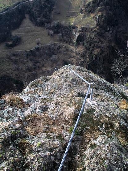 Foto: Andreas Koller / Klettersteigtour / Klettersteig Hoachwool Naturnser Sonnenberg (1200m) / Leichter Ausstieg aus der Schlüsselstelle / 12.04.2015 18:01:04