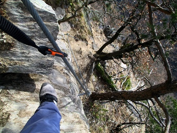 Foto: Andreas Koller / Klettersteigtour / Klettersteig Hoachwool Naturnser Sonnenberg (1200m) / 12.04.2015 17:55:00