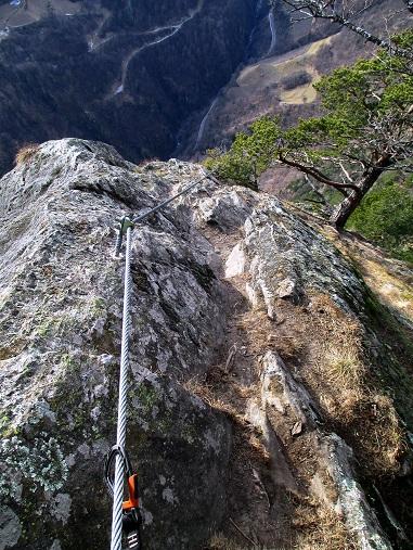 Foto: Andreas Koller / Klettersteigtour / Klettersteig Hoachwool Naturnser Sonnenberg (1200m) / Leichter Ausstieg / 12.04.2015 17:53:05