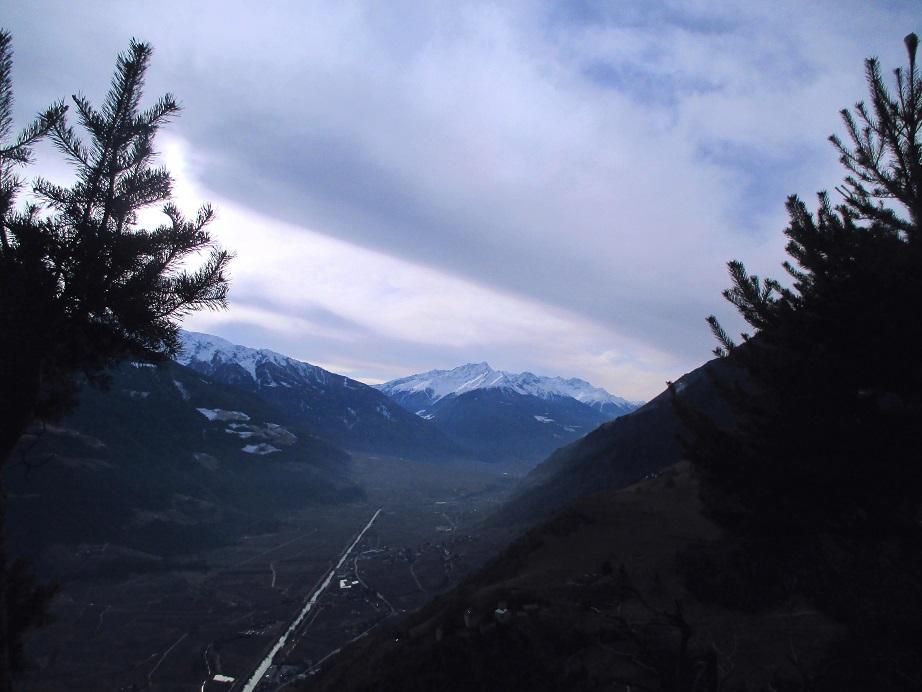 Foto: Andreas Koller / Klettersteigtour / Klettersteig Hoachwool Naturnser Sonnenberg (1200m) / Vinschgaublick / 12.04.2015 17:49:52