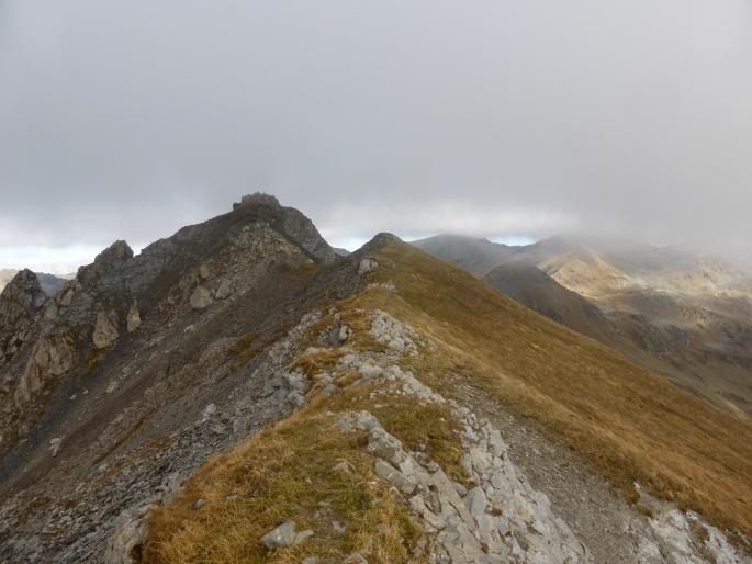 Foto: Manfred Karl / Klettersteigtour / Rauher Kamm am Pfoner Kreuzjöchl / Zustiegsgrat zum Klettersteig / 10.11.2015 21:39:35