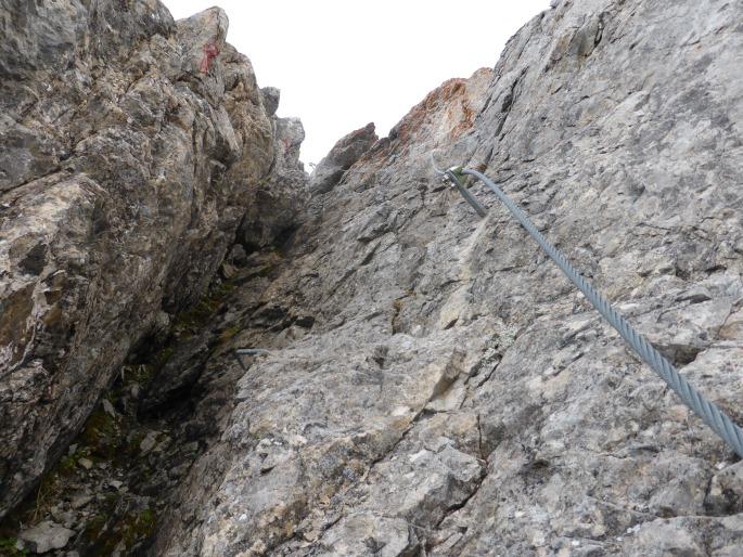 Foto: Manfred Karl / Klettersteigtour / Rauher Kamm am Pfoner Kreuzjöchl / In der Rinne am ersten Gratkopf / 10.11.2015 21:38:11