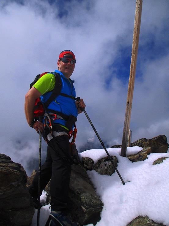 Foto: Andreas Koller / Klettersteigtour / Klettersteig Almagellerhorn (3327m) / 17.11.2015 01:44:28