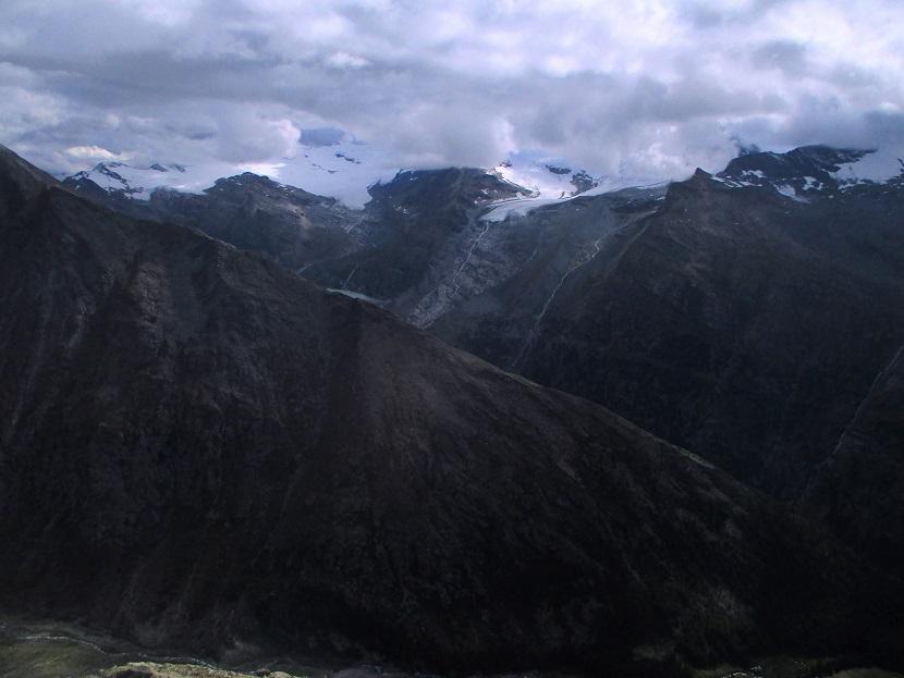 Foto: Andreas Koller / Klettersteigtour / Klettersteig Almagellerhorn (3327m) / 17.11.2015 01:42:23