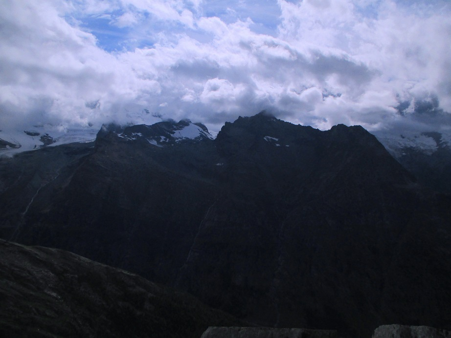 Foto: Andreas Koller / Klettersteigtour / Klettersteig Almagellerhorn (3327m) / 17.11.2015 01:41:22