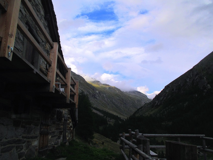 Foto: Andreas Koller / Klettersteigtour / Klettersteig Almagellerhorn (3327m) / 17.11.2015 01:35:03