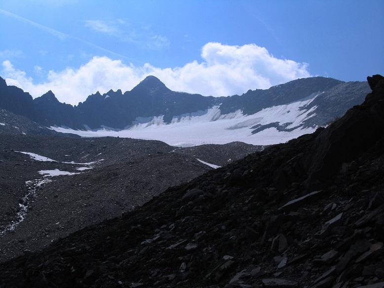 Foto: Andreas Koller / Wandertour / Gross Muttenhorn über Grate und Gletscher (3099m)  / Gross Muttenhorn und Muttengletscher / 11.12.2015 23:51:16