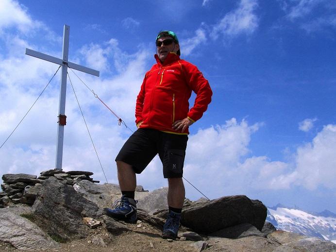 Foto: Andreas Koller / Wandertour / Gross Muttenhorn über Grate und Gletscher (3099m)  / 11.12.2015 23:40:55