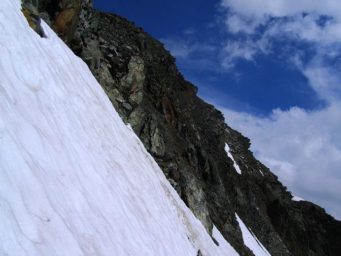 Foto: Andreas Koller / Wandertour / Gross Muttenhorn über Grate und Gletscher (3099m)  / Steiles Schneefeld / 11.12.2015 23:40:11