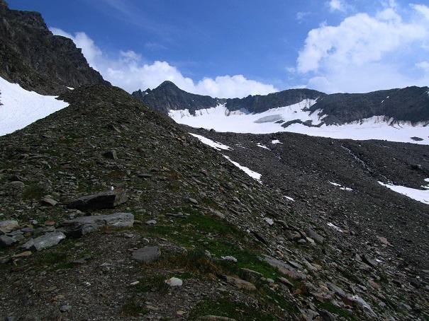 Foto: Andreas Koller / Wandertour / Gross Muttenhorn über Grate und Gletscher (3099m)  / Rückblick zum Gross Muttenhorn / 11.12.2015 23:36:42