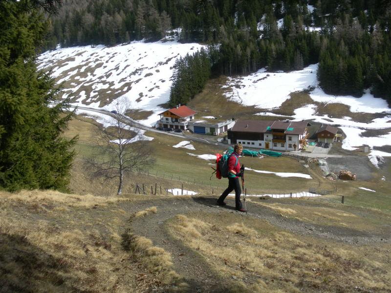 Foto: Wolfgang Lauschensky / Schneeschuhtour / Padauner Kogel 2066m / Abstieg zum Larcherhof / 07.04.2016 00:24:17