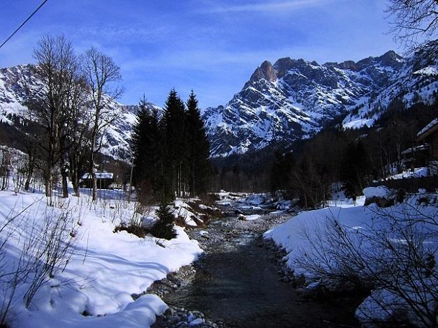 Foto: Andreas Koller / Skitour / Steile Hänge am Marterlkopf (2445m) / 13.05.2016 01:11:35
