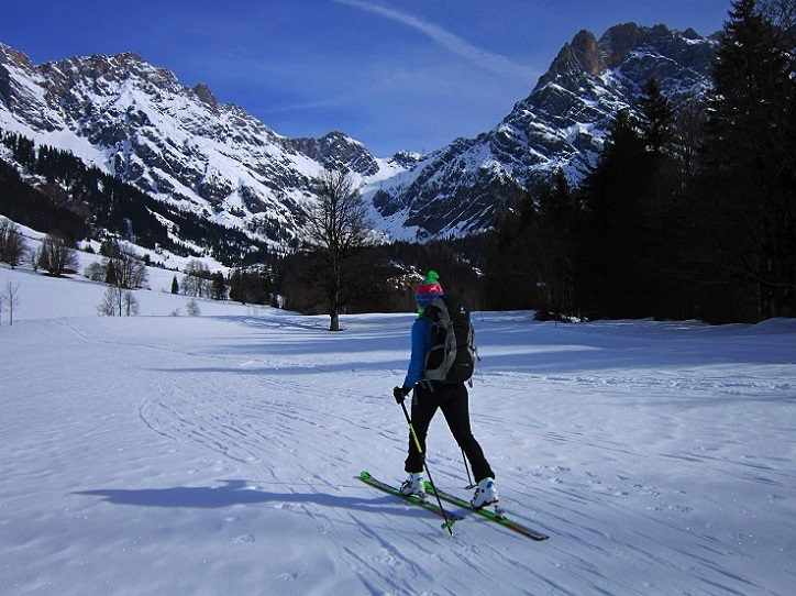 Foto: Andreas Koller / Skitour / Steile Hänge am Marterlkopf (2445m) / 13.05.2016 01:10:49