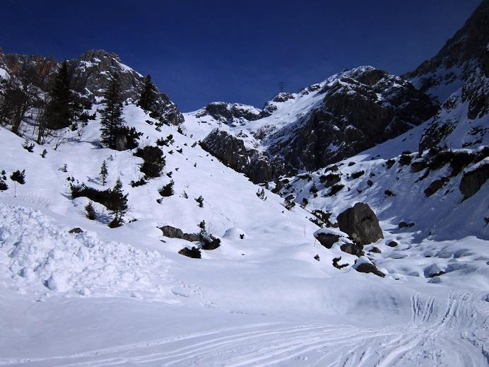 Foto: Andreas Koller / Skitour / Steile Hänge am Marterlkopf (2445m) / 13.05.2016 01:08:29