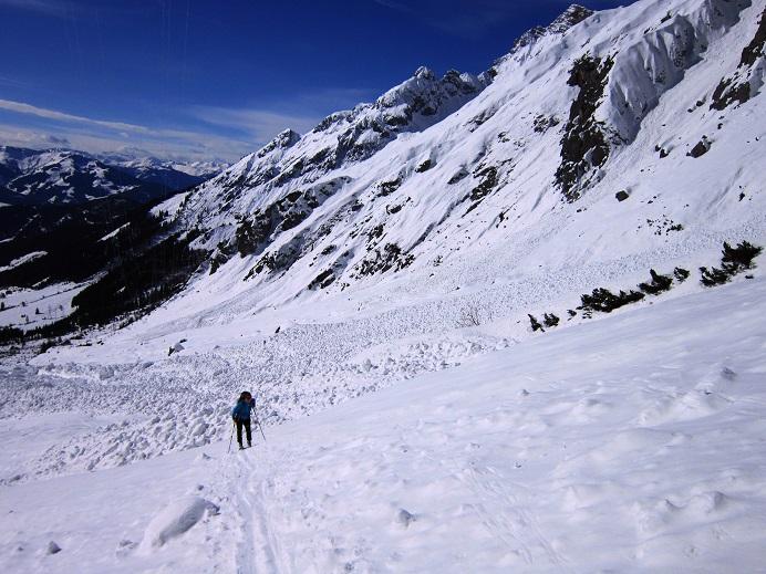 Foto: Andreas Koller / Skitour / Steile Hänge am Marterlkopf (2445m) / 13.05.2016 01:06:32