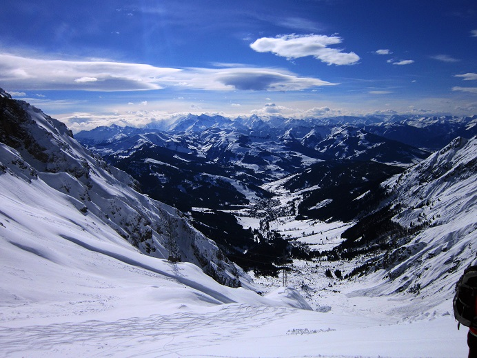 Foto: Andreas Koller / Skitour / Steile Hänge am Marterlkopf (2445m) / 13.05.2016 01:04:31