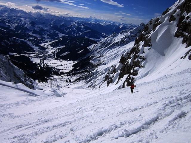 Foto: Andreas Koller / Skitour / Steile Hänge am Marterlkopf (2445m) / 13.05.2016 01:04:11