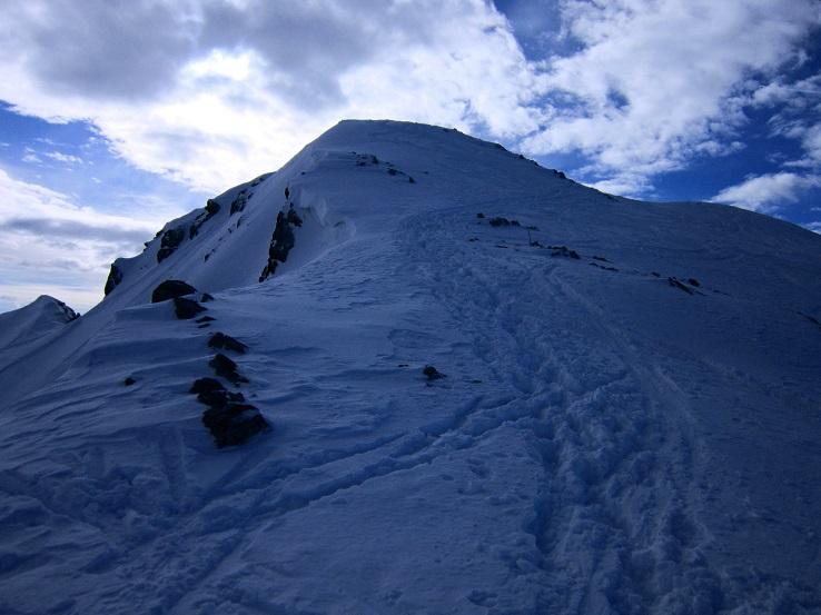 Foto: Andreas Koller / Skitour / Steile Hänge am Marterlkopf (2445m) / Gipfelaufbau / 13.05.2016 01:03:12
