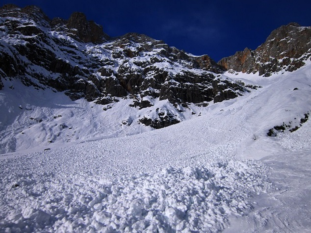 Foto: Andreas Koller / Skitour / Steile Hänge am Marterlkopf (2445m) / 13.05.2016 00:58:55