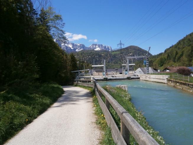 Foto: Manfred Karl / Rad Tour / Am Achenweg zum Königssee / Blick Richtung Untersberg / 23.05.2016 21:04:45
