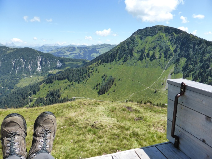 Foto: Manfred Karl / Wandertour / Panoramawanderung Gampenkogel und Fleiding / Gemütliche Rast / 07.08.2016 19:16:19