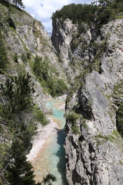 Foto: Werner Kaller / Wandertour / Von Scharnitz über den Karwendelsteg / Fast wie im Canyon / 15.08.2016 11:17:44