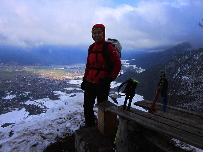 Foto: Andreas Koller / Wander Tour / Im Winter aufs Kienbergl (1071m) / Am Kreuzgipfel des Kienbergl / 10.01.2017 01:44:10