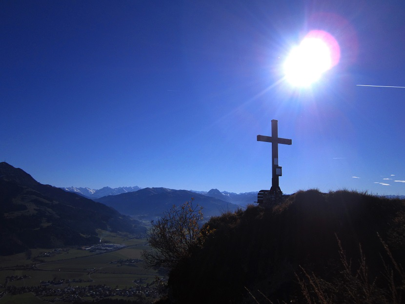 Foto: Andreas Koller / Klettersteig Tour / Maiklsteig und Schatterberg (1274m) / Abschied von der Aussichtsloge beim Ursulakreuz / 10.01.2017 02:44:24