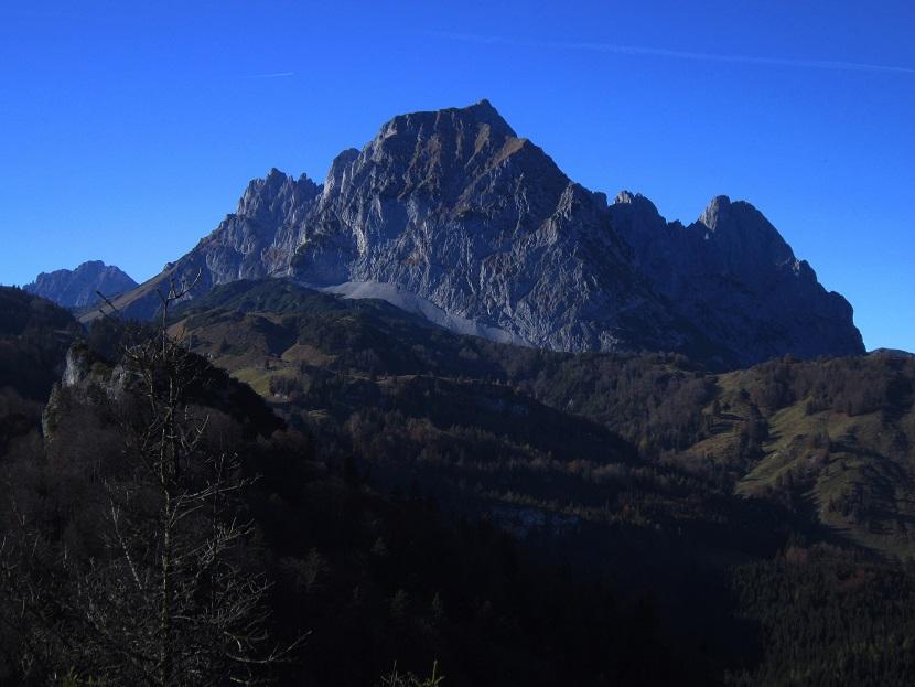 Foto: Andreas Koller / Klettersteig Tour / Maiklsteig und Schatterberg (1274m) / Blick zum Ostkaiser beim Abstieg über den Schatterberg / 10.01.2017 02:43:40