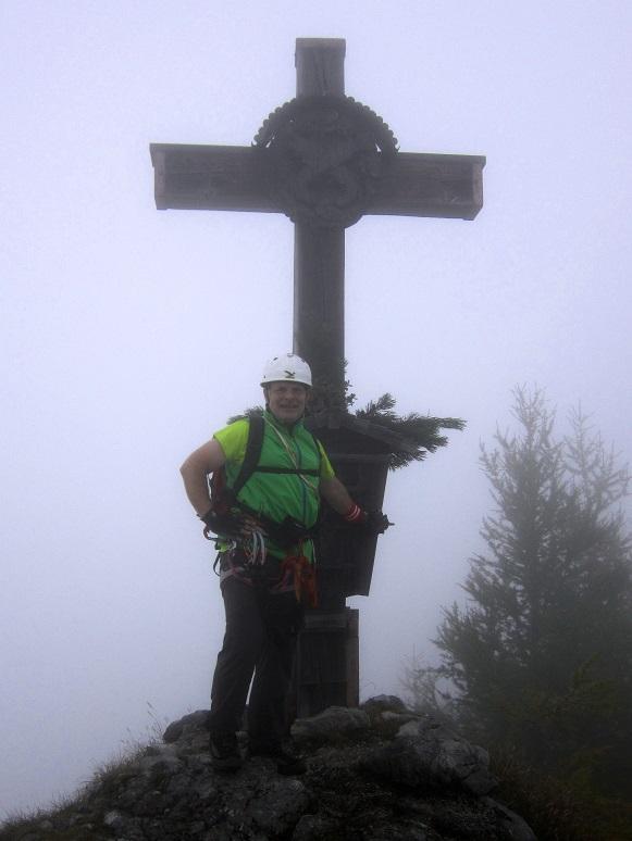 Foto: Andreas Koller / Klettersteigtour / Schützensteig und Jenner (1874m) / Am Gipfel des Kleinen Jenner / 09.03.2017 02:20:55