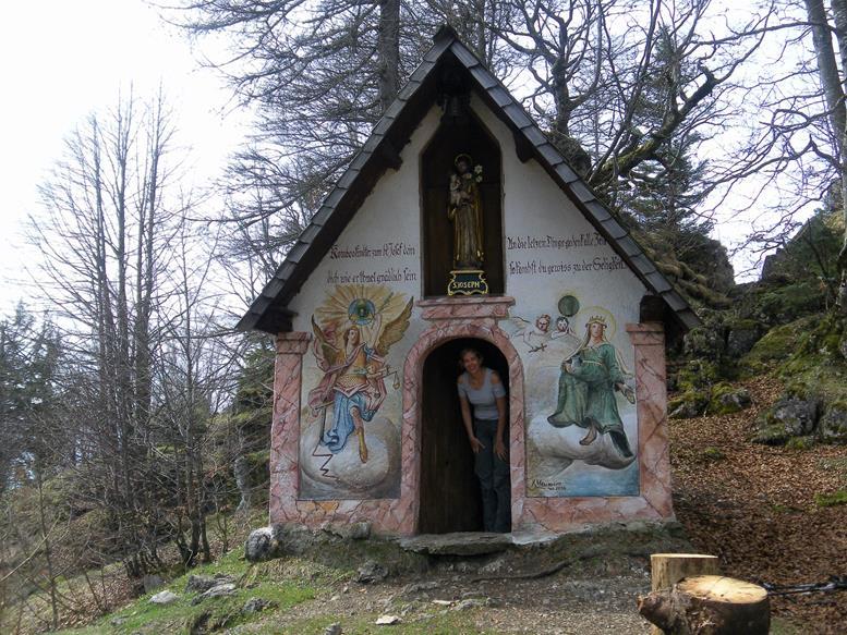 Foto: Wolfgang Lauschensky / Wandertour / Kranzhorn 1368m über Kranzhornsteig / Kranzhornkapelle / 13.04.2017 21:14:47