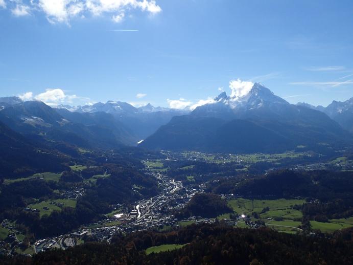 Foto: Manfred Karl / Wandertour / Kneifelspitze, 1189 m / Berchtesgadener Becken mit Watzmann / 14.05.2017 20:04:29