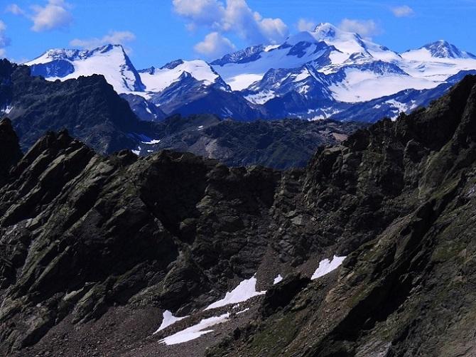 Foto: Andreas Koller / Wandertour / Breiter Grieskogel - eine stille Hochtour (3287m) / Blick zur Wildspitze (3770m) / 11.08.2017 01:54:21