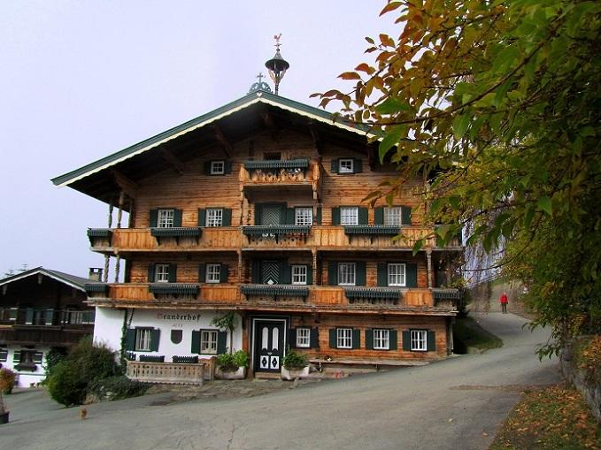 Foto: Andreas Koller / Wandertour / Großer Gebra - eine stille Tour in den Kitzbüheler Alpen (2057m) / Branderhof beim Wildpark Aurach / 08.12.2017 17:28:24