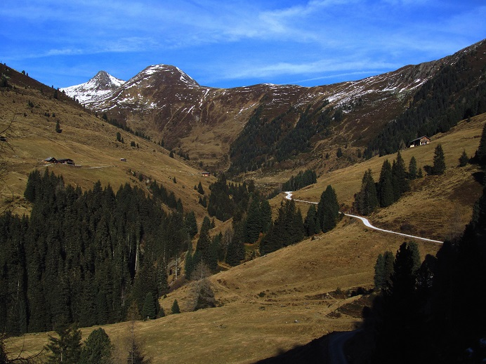 Foto: Andreas Koller / Wandertour / Aussichtsgipfel Gernkogel (2267m) / 21.01.2018 23:34:43