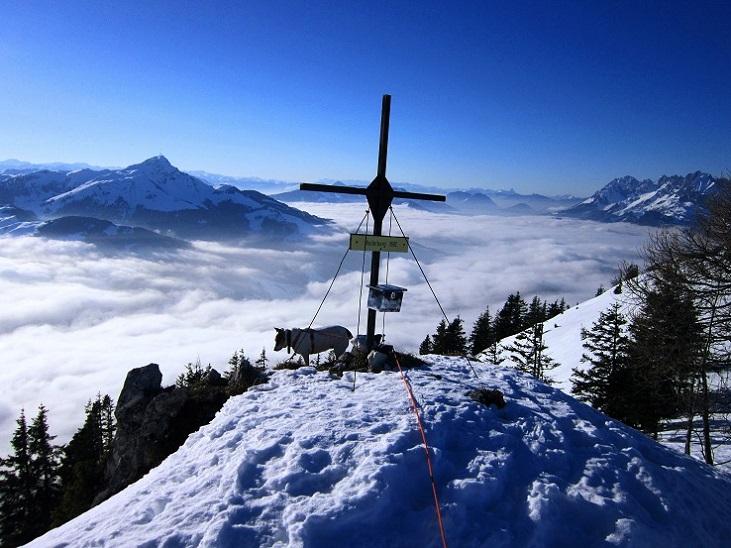 Foto: Andreas Koller / Schneeschuhtour / Wallerberg mit Schneeschuhen (1682m) / Am Gipfel des Wallerberg / 05.03.2018 23:08:22