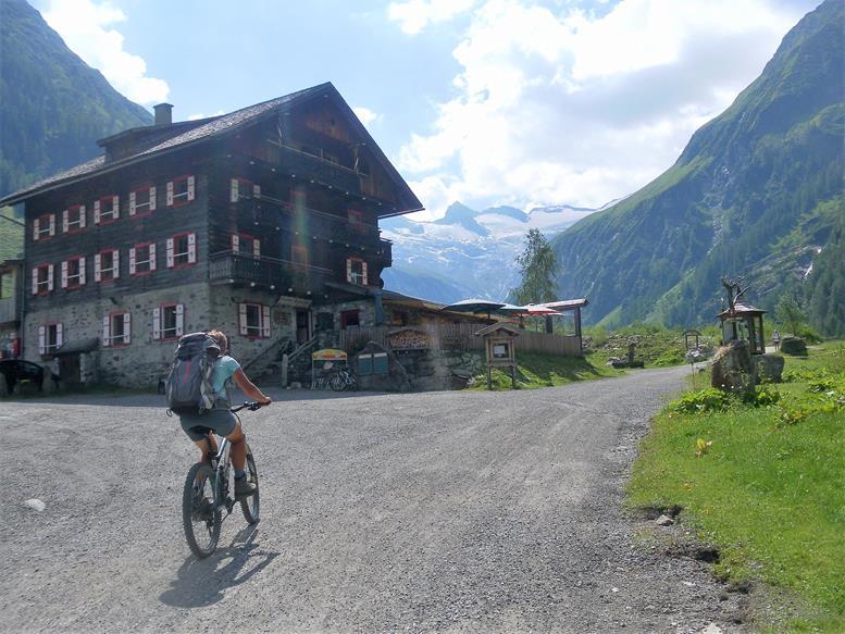 Foto: Wolfgang Lauschensky / Wander Tour / Roßlahnerkopf 2861m von der Thyringer Hütte / Gasthof Alpenrose / 04.08.2018 13:56:12