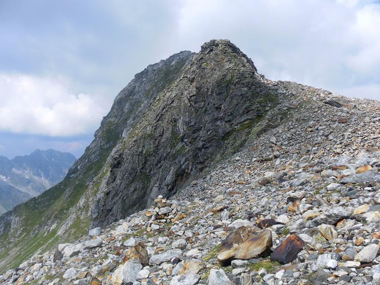 Foto: Wolfgang Lauschensky / Wander Tour / Roßlahnerkopf 2861m von der Thyringer Hütte / Südgrat des Roßlahnerkopfes / 04.08.2018 13:55:35