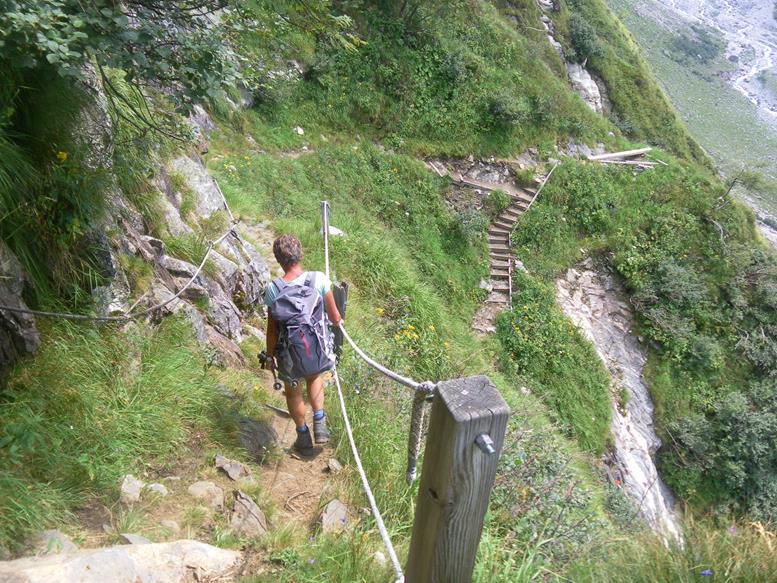 Foto: Wolfgang Lauschensky / Wander Tour / Roßlahnerkopf 2861m von der Thyringer Hütte / Abstieg am Noitroisteig / 04.08.2018 13:54:48