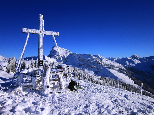 Foto: Andreas Koller / Skitour / Auracher Wildparktour Gaisberg (1798m) / Abschied vom Gaisberg / 24.12.2018 15:04:39