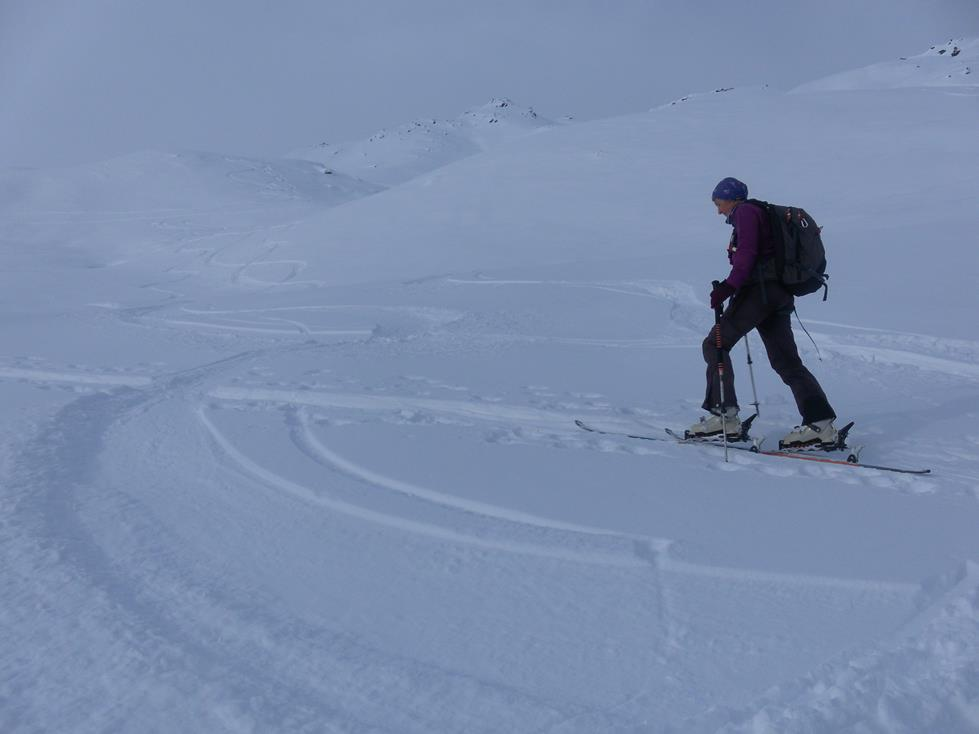 Foto: Wolfgang Lauschensky / Skitour / Angerbergkopf und Schaflegerkogel von der Kemater Alm / Mulden ins Gipfelkar des Angerbergkopfes / 26.01.2019 11:29:38